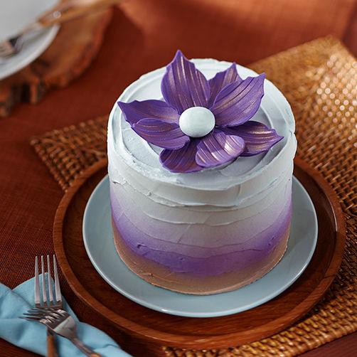 Metallic-Purple-Flower-Cake