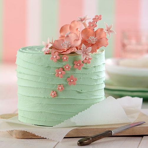 Pink-Blossom-Bouquet-Cake